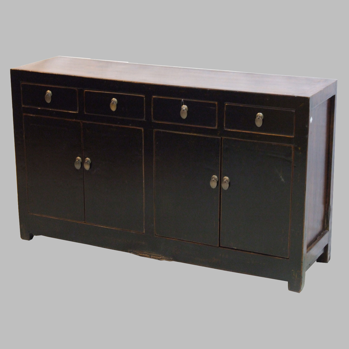 altes schwarzes sideboard mit 4 t ren und 4 sch ben batavia. Black Bedroom Furniture Sets. Home Design Ideas