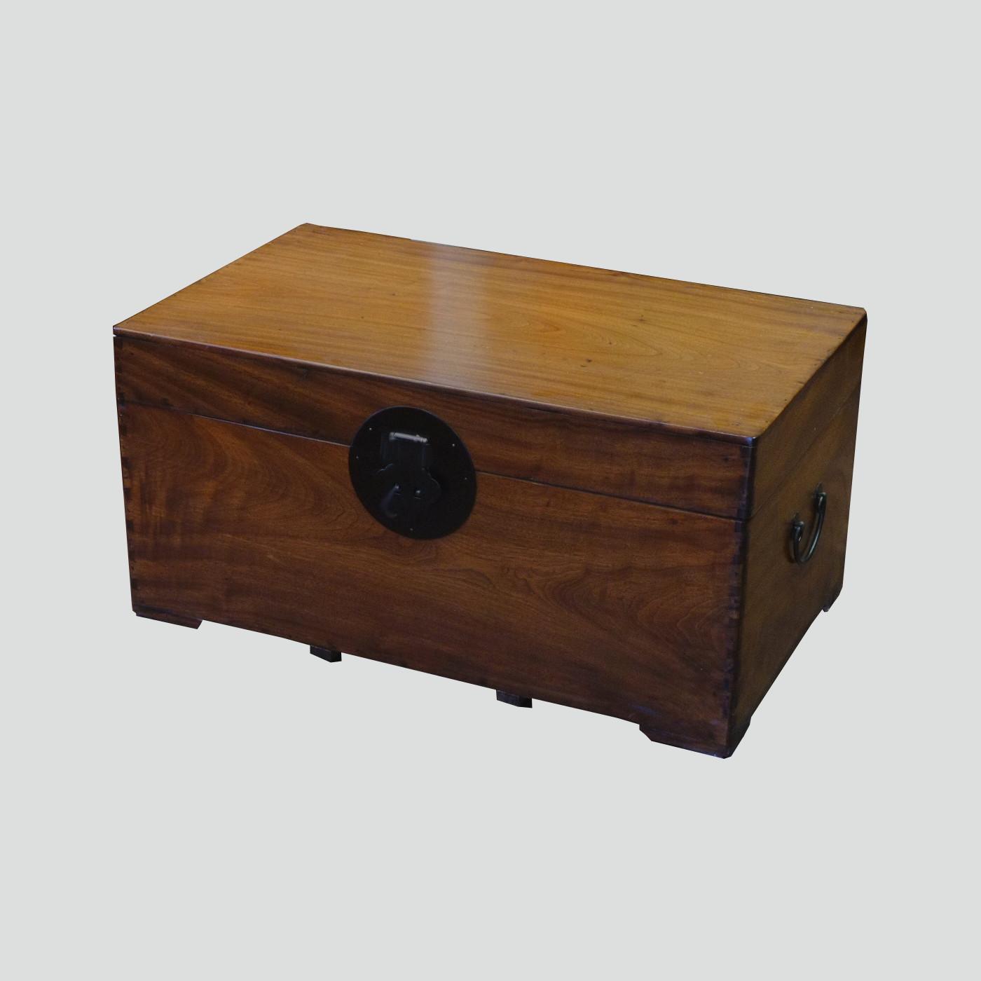 alte chinesische truhe batavia. Black Bedroom Furniture Sets. Home Design Ideas